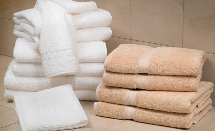 Khăn tắm nhuộm màu