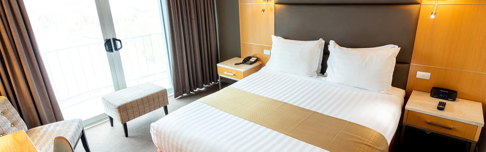 Bộ chăn ga khách sạn